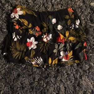 Women's Zara shorts size small